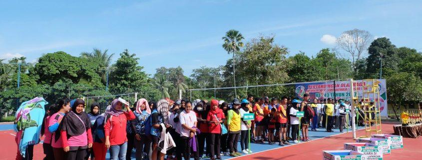 Pembukaan Open Tournament Bola Voli, Tenis Lapangan, dan ...